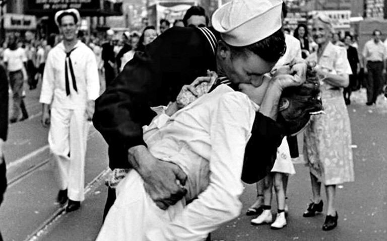 It's August 14, 1945 in New York City. What event is taking place?